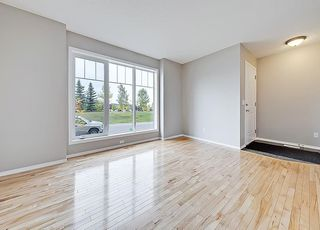 Photo 4: 43 EVERSYDE Heath SW in Calgary: Evergreen House for sale : MLS®# C4139021