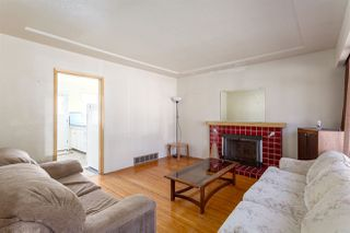 """Photo 2: 2130 E 4TH Avenue in Vancouver: Grandview VE House for sale in """"COMMERCIAL DRIVE"""" (Vancouver East)  : MLS®# R2213077"""
