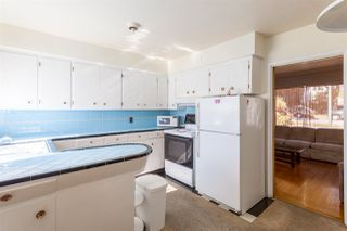 """Photo 6: 2130 E 4TH Avenue in Vancouver: Grandview VE House for sale in """"COMMERCIAL DRIVE"""" (Vancouver East)  : MLS®# R2213077"""