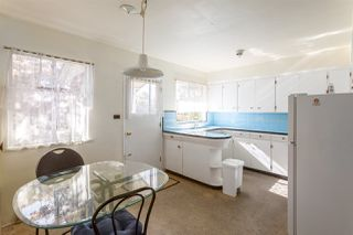 """Photo 5: 2130 E 4TH Avenue in Vancouver: Grandview VE House for sale in """"COMMERCIAL DRIVE"""" (Vancouver East)  : MLS®# R2213077"""