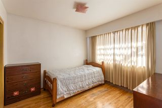 """Photo 8: 2130 E 4TH Avenue in Vancouver: Grandview VE House for sale in """"COMMERCIAL DRIVE"""" (Vancouver East)  : MLS®# R2213077"""