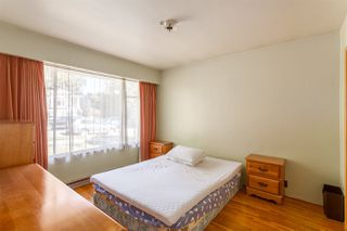 """Photo 10: 2130 E 4TH Avenue in Vancouver: Grandview VE House for sale in """"COMMERCIAL DRIVE"""" (Vancouver East)  : MLS®# R2213077"""
