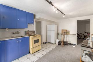 """Photo 16: 2130 E 4TH Avenue in Vancouver: Grandview VE House for sale in """"COMMERCIAL DRIVE"""" (Vancouver East)  : MLS®# R2213077"""