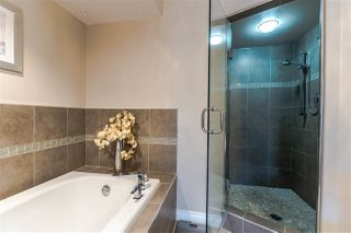 """Photo 10: 82 4001 OLD CLAYBURN Road in Abbotsford: Abbotsford East Townhouse for sale in """"Cedar Springs"""" : MLS®# R2222857"""