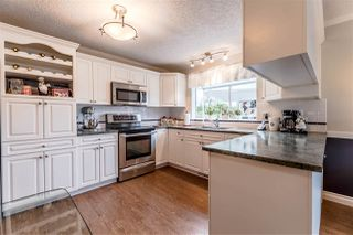 """Photo 4: 82 4001 OLD CLAYBURN Road in Abbotsford: Abbotsford East Townhouse for sale in """"Cedar Springs"""" : MLS®# R2222857"""