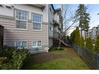 Photo 2: 34 8638 159TH Street in Surrey: Fleetwood Tynehead Townhouse for sale : MLS®# R2251460
