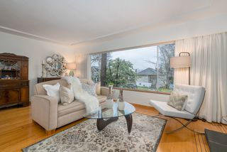 Photo 12: 2090 E 23RD Avenue in Vancouver: Victoria VE House for sale (Vancouver East)  : MLS®# R2252001