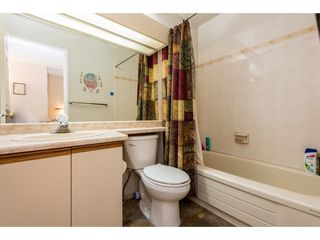 """Photo 18: 62 9000 ASH GROVE Crescent in Burnaby: Forest Hills BN Townhouse for sale in """"ASHBROOK PLACE"""" (Burnaby North)  : MLS®# R2252412"""