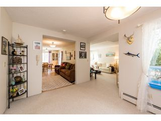 """Photo 6: 62 9000 ASH GROVE Crescent in Burnaby: Forest Hills BN Townhouse for sale in """"ASHBROOK PLACE"""" (Burnaby North)  : MLS®# R2252412"""