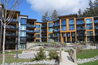 "Photo 1: 208 14855 THRIFT Avenue: White Rock Condo for sale in ""THE ROYCE"" (South Surrey White Rock)  : MLS®# R2265789"