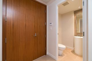 """Photo 13: 902 5171 BRIGHOUSE Way in Richmond: Brighouse Condo for sale in """"RIVER GREEN"""" : MLS®# R2271745"""