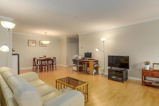 """Photo 3: 206 7620 COLUMBIA Street in Vancouver: Marpole Condo for sale in """"The Springs at Langara"""" (Vancouver West)  : MLS®# R2283059"""
