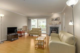 """Photo 4: 206 7620 COLUMBIA Street in Vancouver: Marpole Condo for sale in """"The Springs at Langara"""" (Vancouver West)  : MLS®# R2283059"""