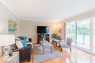 "Photo 6: 204 2255 YORK Avenue in Vancouver: Kitsilano Condo for sale in ""Beach House"" (Vancouver West)  : MLS®# R2287429"