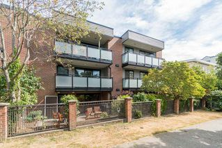 "Photo 16: 204 2255 YORK Avenue in Vancouver: Kitsilano Condo for sale in ""Beach House"" (Vancouver West)  : MLS®# R2287429"