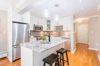 "Photo 2: 204 2255 YORK Avenue in Vancouver: Kitsilano Condo for sale in ""Beach House"" (Vancouver West)  : MLS®# R2287429"