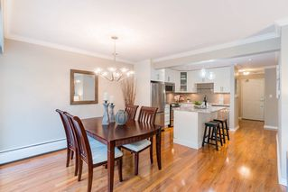 "Photo 5: 204 2255 YORK Avenue in Vancouver: Kitsilano Condo for sale in ""Beach House"" (Vancouver West)  : MLS®# R2287429"