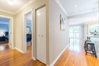 "Photo 14: 204 2255 YORK Avenue in Vancouver: Kitsilano Condo for sale in ""Beach House"" (Vancouver West)  : MLS®# R2287429"