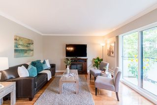 "Photo 7: 204 2255 YORK Avenue in Vancouver: Kitsilano Condo for sale in ""Beach House"" (Vancouver West)  : MLS®# R2287429"