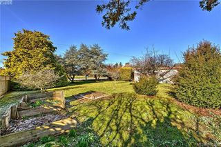 Photo 16: 9235 LOCHSIDE Drive in NORTH SAANICH: NS Bazan Bay Land for sale (North Saanich)  : MLS®# 405560
