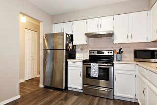 """Photo 11: 309 32025 TIMS Avenue in Abbotsford: Abbotsford West Condo for sale in """"ELMWOOD MANOR"""" : MLS®# R2357664"""