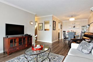 """Photo 3: 309 32025 TIMS Avenue in Abbotsford: Abbotsford West Condo for sale in """"ELMWOOD MANOR"""" : MLS®# R2357664"""