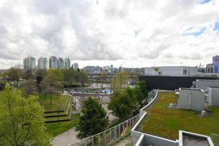 Photo 3: 610 58 KEEFER Place in Vancouver: Downtown VW Condo for sale (Vancouver West)  : MLS®# R2360744