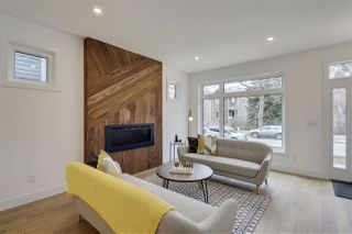 Photo 3: 10229 90 Street in Edmonton: Zone 13 House for sale : MLS®# E4153591