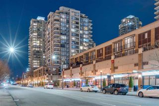 "Photo 1: 1608 4182 DAWSON Street in Burnaby: Brentwood Park Condo for sale in ""Tandem"" (Burnaby North)  : MLS®# R2369350"