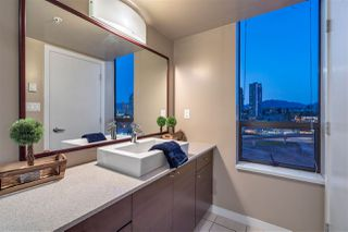 """Photo 10: 1608 4182 DAWSON Street in Burnaby: Brentwood Park Condo for sale in """"Tandem"""" (Burnaby North)  : MLS®# R2369350"""
