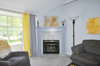 """Photo 14: 211 11578 225 Street in Maple Ridge: East Central Condo for sale in """"THE WILLOWS"""" : MLS®# R2372839"""