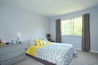 """Photo 9: 211 11578 225 Street in Maple Ridge: East Central Condo for sale in """"THE WILLOWS"""" : MLS®# R2372839"""