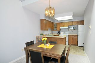 """Photo 6: 211 11578 225 Street in Maple Ridge: East Central Condo for sale in """"THE WILLOWS"""" : MLS®# R2372839"""