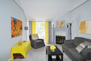"""Photo 15: 211 11578 225 Street in Maple Ridge: East Central Condo for sale in """"THE WILLOWS"""" : MLS®# R2372839"""