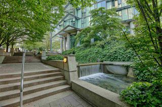 Photo 14: 1906 1331 W GEORGIA Street in Vancouver: Coal Harbour Condo for sale (Vancouver West)  : MLS®# R2375186