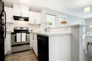 "Photo 2: 3311 240 SHERBROOKE Street in New Westminster: Sapperton Condo for sale in ""Copperstone"" : MLS®# R2381606"