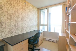 """Photo 16: 1905 1033 MARINASIDE Crescent in Vancouver: Yaletown Condo for sale in """"Quaywest"""" (Vancouver West)  : MLS®# R2381839"""