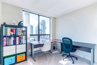 Photo 10: 2201 4333 CENTRAL Boulevard in Burnaby: Metrotown Condo for sale (Burnaby South)  : MLS®# R2382864