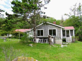 Photo 2: 1931 SHORE Road in Carleton Village: 407-Shelburne County Residential for sale (South Shore)  : MLS®# 201915322