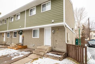 Main Photo: 30 5935 63 Street in Red Deer: RR Highland Green Residential Condo for sale : MLS®# CA0183739