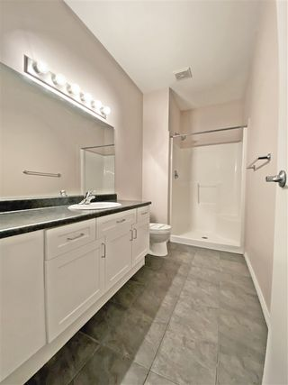Photo 4: 121 4304 139 Avenue in Edmonton: Zone 35 Condo for sale : MLS®# E4181741