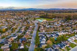Photo 3: 22060 OLD YALE Road in Langley: Murrayville House for sale : MLS®# R2480736