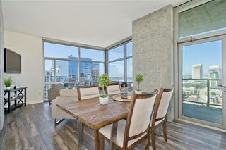 Photo 7: DOWNTOWN Condo for sale : 2 bedrooms : 800 The Mark Ln #2008 in San Diego