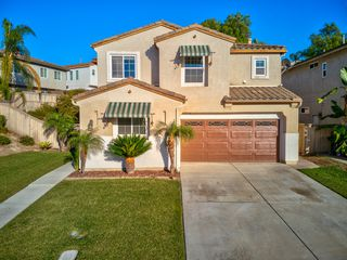 Photo 2: CHULA VISTA House for sale : 5 bedrooms : 1411 Yellowstone Ave