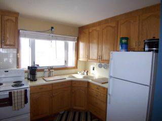 Photo 2: 1618 Pritchard Avenue in WINNIPEG: North End Residential for sale (North West Winnipeg)  : MLS®# 1103114