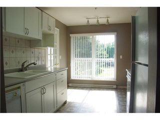 """Photo 3: 301 2439 WILSON Avenue in Port Coquitlam: Central Pt Coquitlam Condo for sale in """"AVEBURY POINT"""" : MLS®# V897147"""