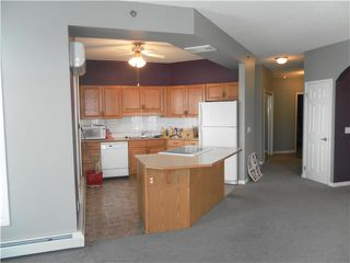 Photo 6: 207 - 4835 Dalhousie Drive NW in Calgary: Dalhousie Condo for sale : MLS®# C3517436