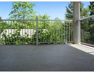 Photo 8: 909 GRANT ST in Coquitlam: Coquitlam West House for sale : MLS®# V592895