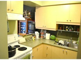 """Photo 13: 208 20454 53RD Avenue in Langley: Langley City Condo for sale in """"RIVERS EDGE"""" : MLS®# F1427016"""