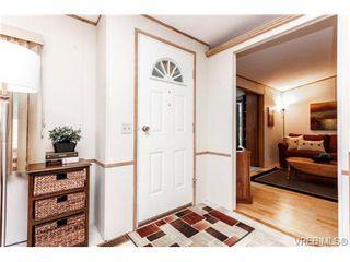 Photo 3: 123 7701 Central Saanich Rd in SAANICHTON: CS Saanichton Manufactured Home for sale (Central Saanich)  : MLS®# 687804